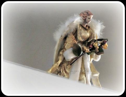 12.09.12.angel